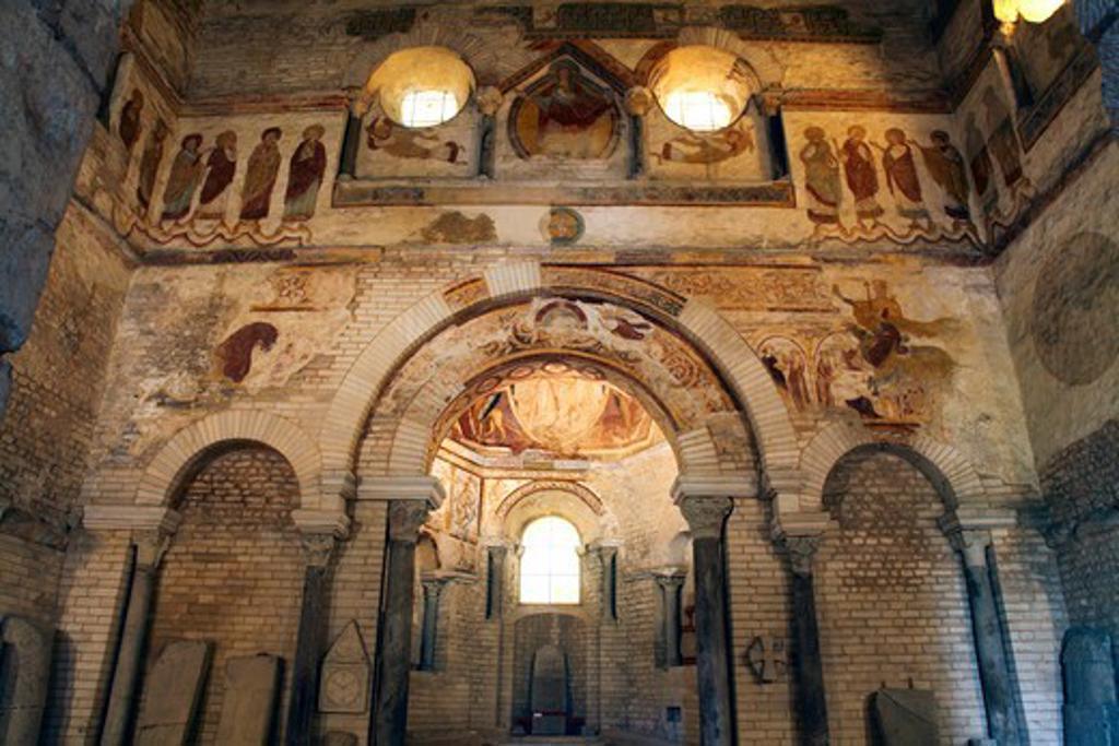Stock Photo: 1606-197203 France, Poitou-Charentes, Vienne (86), Poitiers, Baptistery Saint Jean