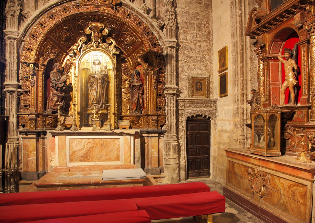 Stock Photo: 1606-200401 Spain, Andalusia, Seville, Cathedral, Interior,