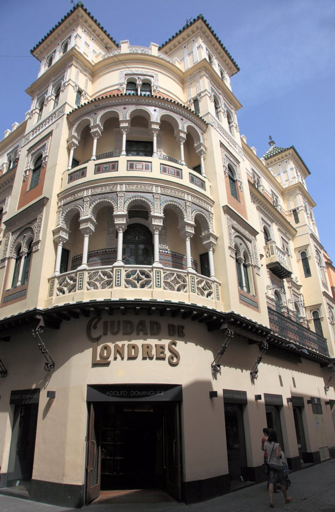 Stock Photo: 1606-200481 Spain, Andalusia, Seville, Calle Sierpes, Street Scene,