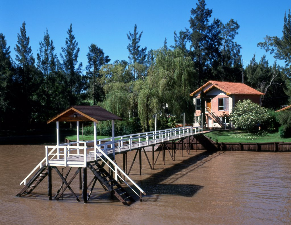 Stock Photo: 1606-202239 Argentina, Buenos Aires Province, Parana River Delta, Cottage,