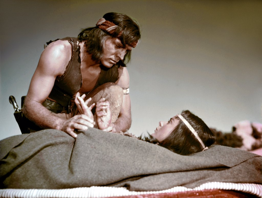 Stock Photo: 1606-203456 Burt Lancaster and Jean Peters, Apache, 1954 directed by Robert Aldrich (United Artists)