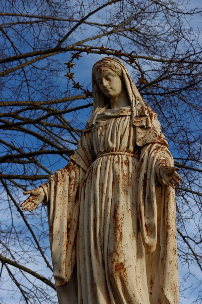 Stock Photo: 1606-204232 FRANCE, Calvary of the Virgin Mary made of cast iron