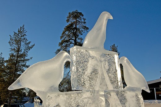 Finland, Lapland, Saariselka (greatest ski resort in Finland), close-up on birds ice sculptures : Stock Photo