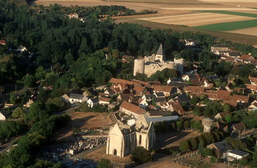 "France, Centre, Loiret, near Pithviers, aerial view of a village (Yèvre le Chatel""), ruins of abbey and castle : Stock Photo"