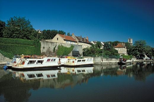 Clamecy, port on the Nivernais canal, blue sky : Stock Photo