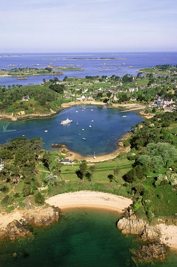 France, Brittany, Cotes d'Armor, Brehat island, aerial view : Stock Photo