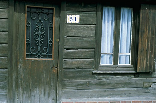 Stock Photo: 1606-40389 France, Amiens, wooden house