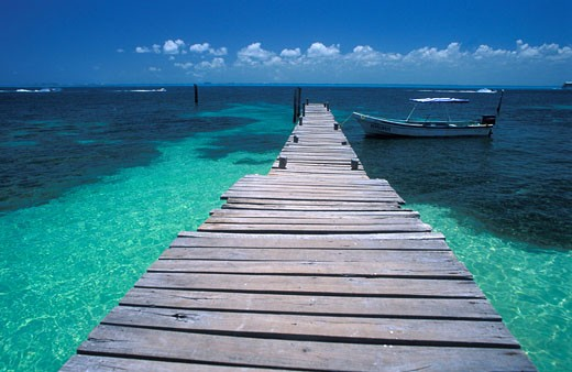 Mexico, Cancun, pontoon on Caribbean see : Stock Photo