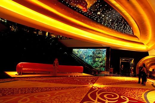 Stock Photo: 1606-48377 DUBAI (UNITED ARAB EMIRATES) BURJ AL ARAB, ONE OF THE MOST EXPANSIVE AND FUTURISTIC HOTEL IN THE WORLD