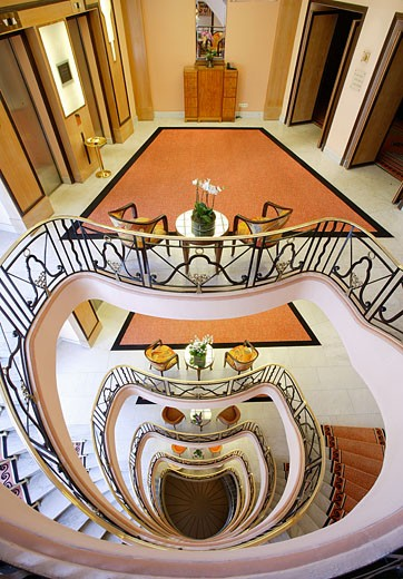 Stock Photo: 1606-49548 France, Alpes-Maritimes, Cannes, Martinez Hotel, stair