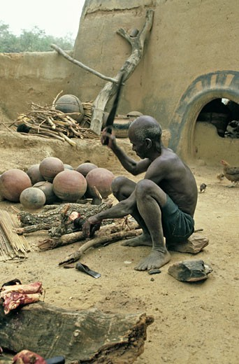 West Africa,Burkina Faso, Tiébélé, Gurunsi country, Kassena man : Stock Photo