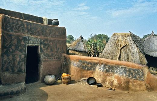 West Africa,Burkina Faso, Tiébélé, Gurunsi country, Kassena huts : Stock Photo
