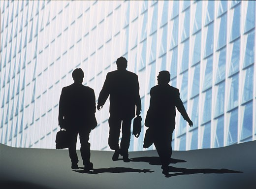 Stock Photo: 1606-59114 Three business men walking, fbuilding acade