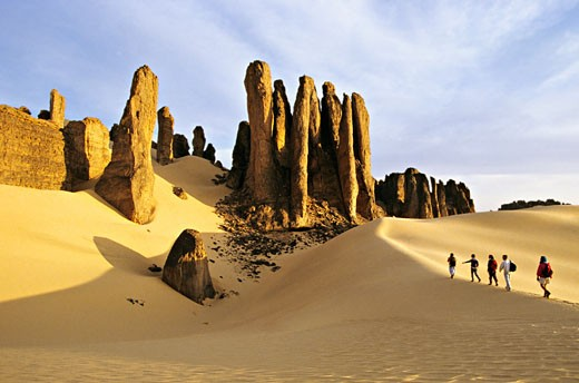 Algeria, Hoggar, Tagrera, trekkers : Stock Photo
