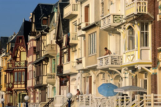 Stock Photo: 1606-61021 France, Picardie, Somme, Mers-les-Bains, houses façades