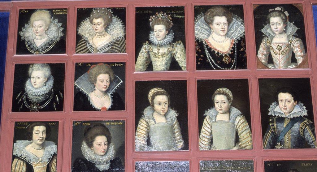 France, Centre, Loir-et-Cher, Blois, castle, portraits gallery : Stock Photo