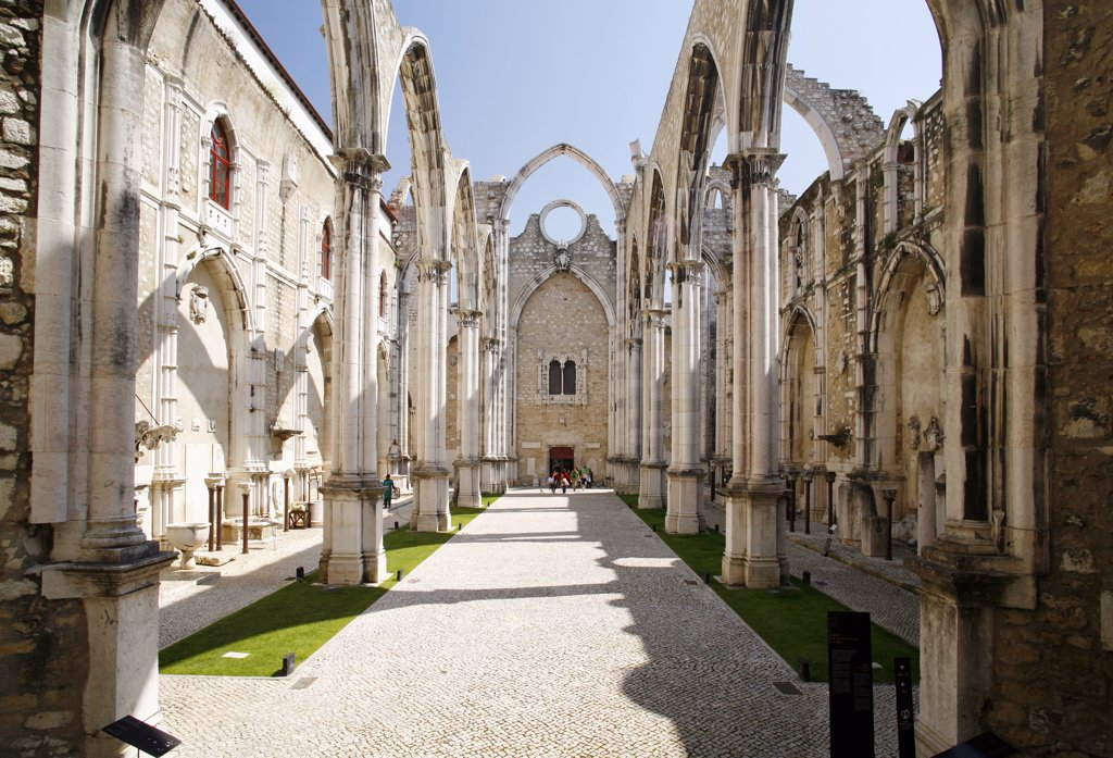 Stock Photo: 1606-62614 Portugal, Lisbon, Carmo convent ruins