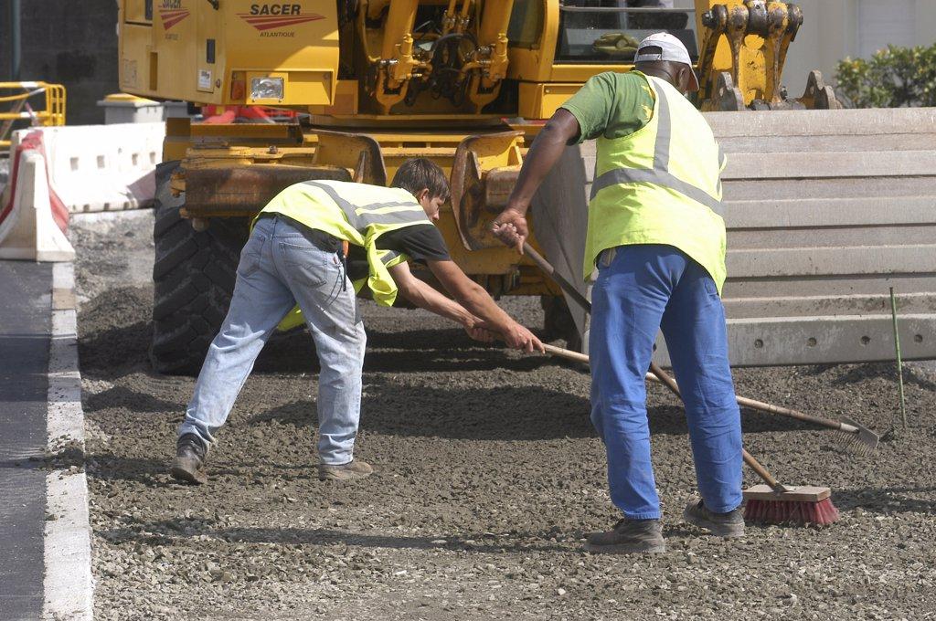 France, Pays de la Loire, Loire-Atlantique, Nantes, street works : Stock Photo