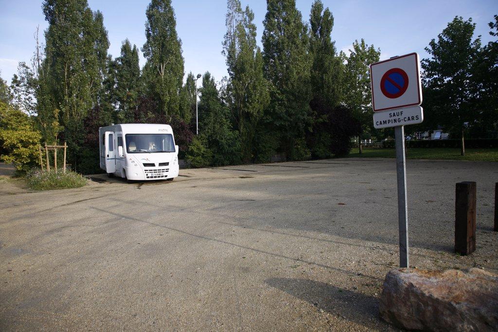 France, Maine et Loire, Anjou, Villevêque, camping car service and parking area : Stock Photo