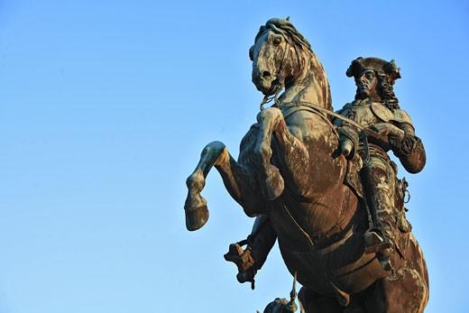 Austria, Wien, Hofburg palace, Heldenplatz, prince Eugene de Savoie statue : Stock Photo