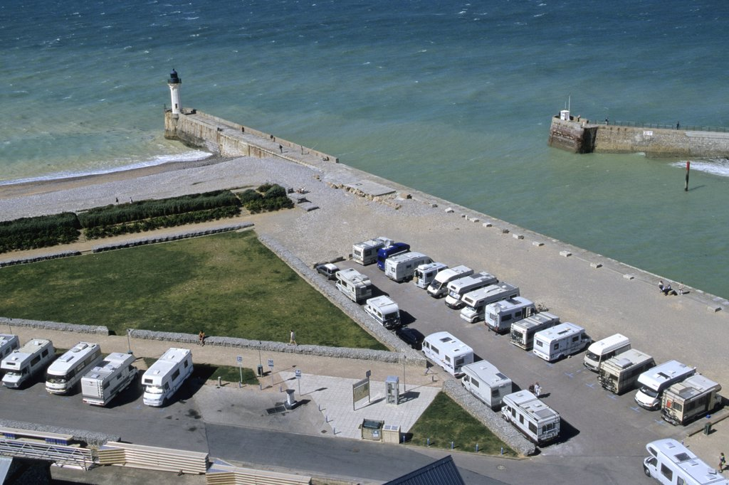 France, Normandie, Haute Normandie, Seine Maritime, Saint-Valery-en-Caux, harbour and motorhome station : Stock Photo