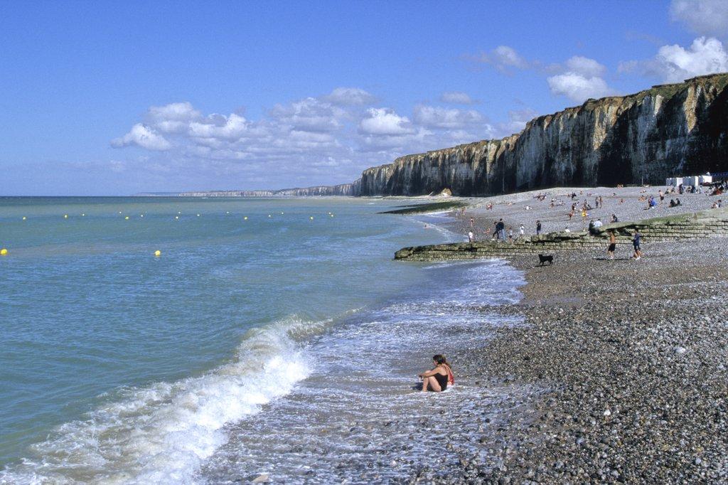 France, Normandie, Haute N, Seine Maritime, Saint-Valery-en-Caux beach and cliffs : Stock Photo