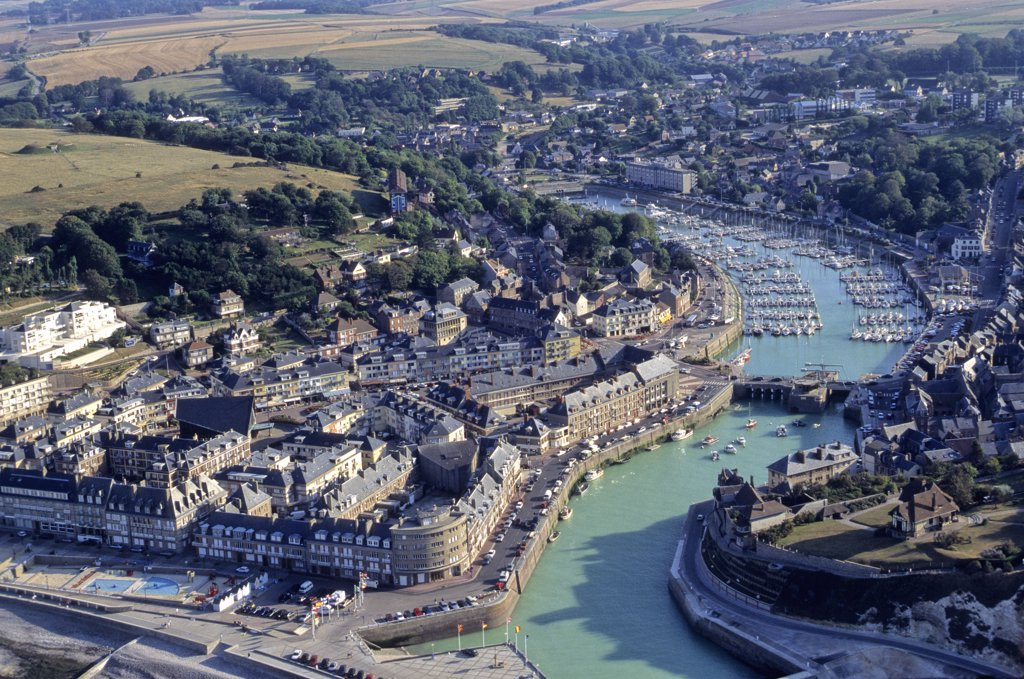 France, Normandie, Haute Normandie, Seine Maritime, Saint-Valery-en-Caux, city and harbour (aerial view) : Stock Photo