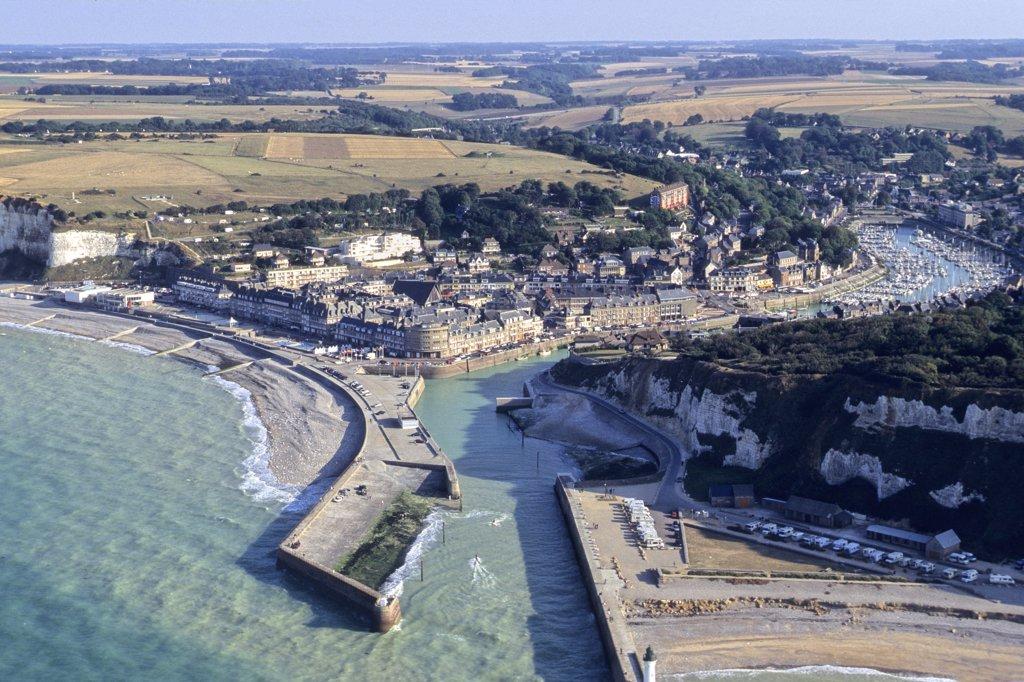 Stock Photo: 1606-66820 France, Normandie, Haute Normandie, Seine Maritime, Saint-Valery-en-Caux city and harbour (aerial view)