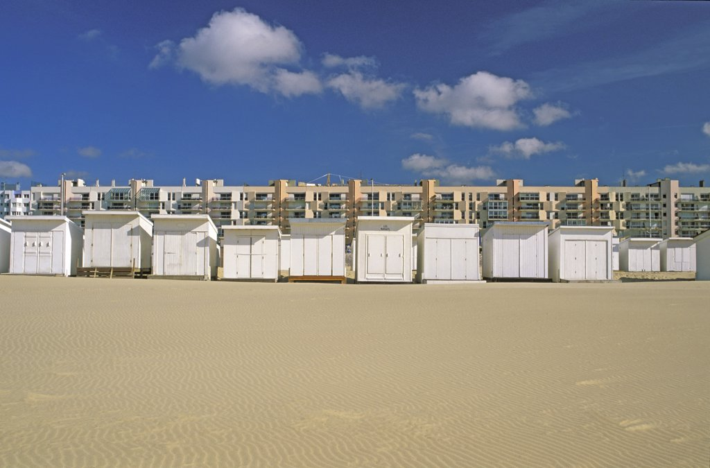 Stock Photo: 1606-67158 France, Nord-Pas de Calais, Pas de Calais, Calais, beach huts