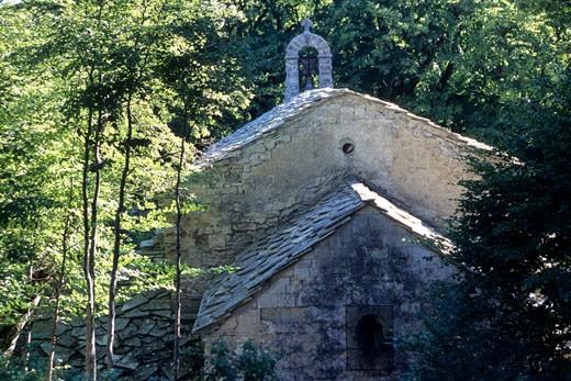 Stock Photo: 1606-68885 France, Provence Alpes Cote d'Azur, Alpes de Haute Provence, Saint-Etienne-les-Orgues, Notre-Dame-de-Lure chapel