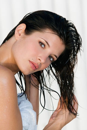Stock Photo: 1606-69904 Portrait of young woman with wet hair