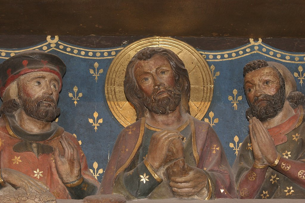 France, Paris, Notre Dame de Paris cathedral  sculpture : Christ appearing to his disciples in Emmaus : Stock Photo