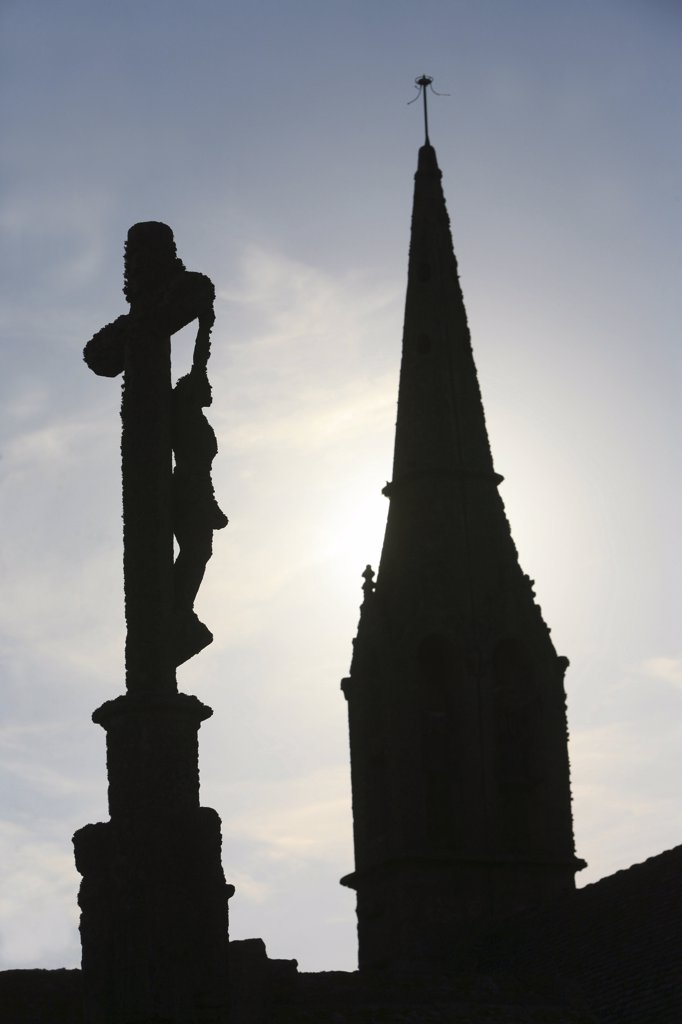 Stock Photo: 1606-73502 France, Finistère, Penhors, Calvary and church spire in Britanny