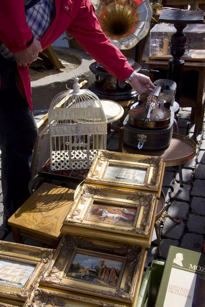 Stock Photo: 1606-76017 Belgium, Bruxelles, Les Marolles, Jeu de Balle square, second-hand market