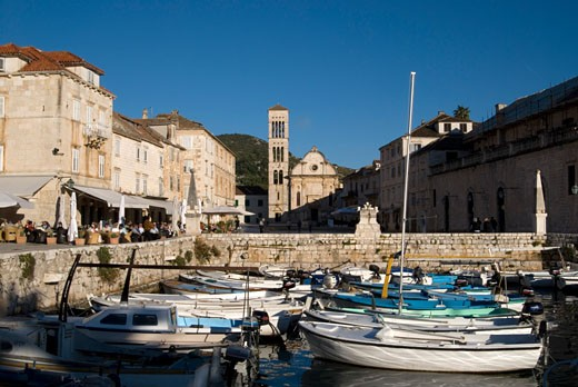 Croatia, Hvar harbour and St Stephen's cathedral : Stock Photo