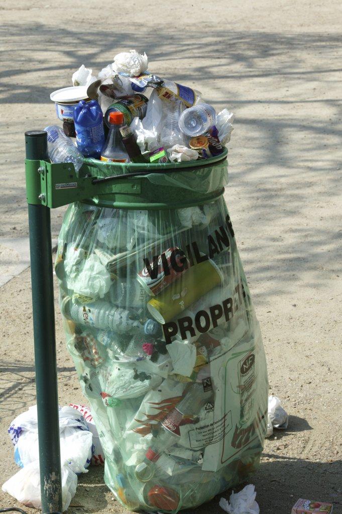 France, Paris, Trash : Stock Photo