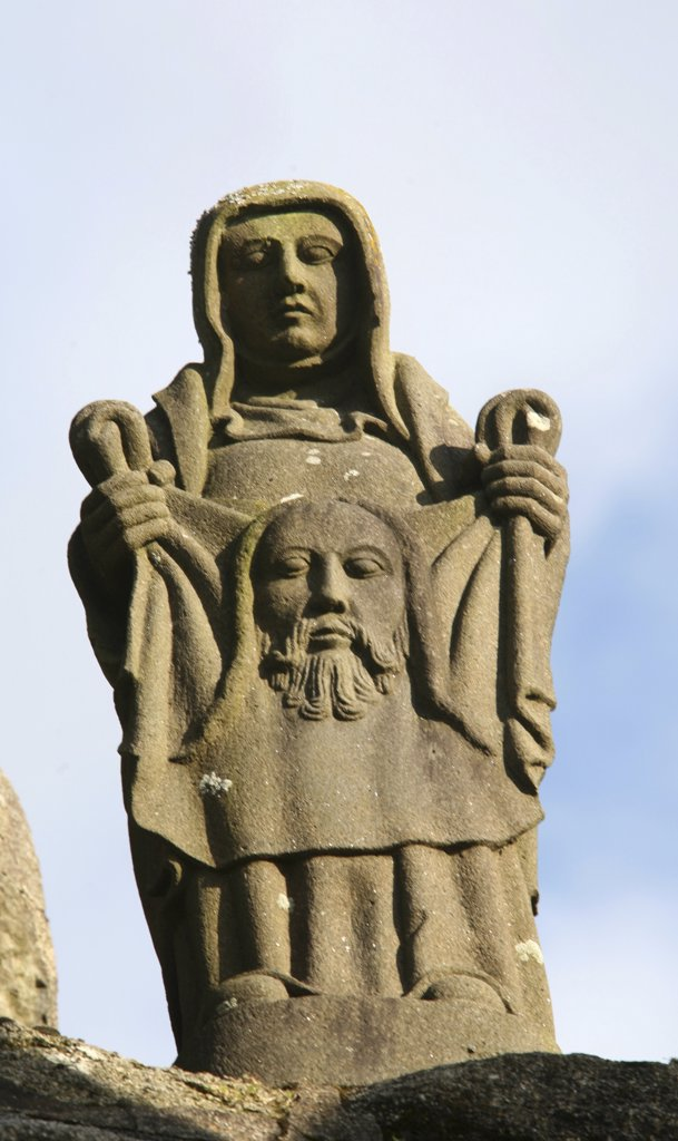 France, Finistère, Pleyben, Pleyben calvary. Life of Jesus. Saint Veronica With the Sudarium : Stock Photo