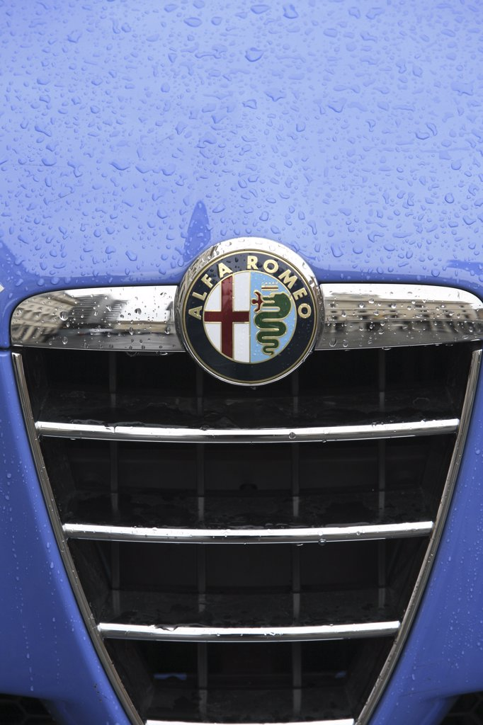 Stock Photo: 1606-79507 Italie, Latium, Rome, Alfa Romeo car
