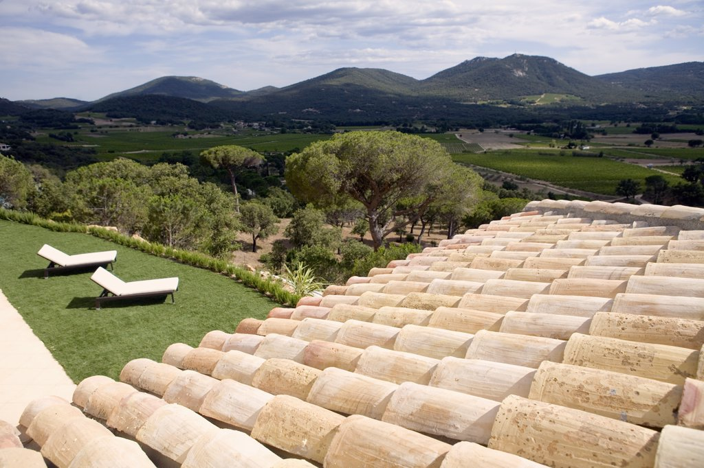 Stock Photo: 1606-81207 France, Var, roof and garden