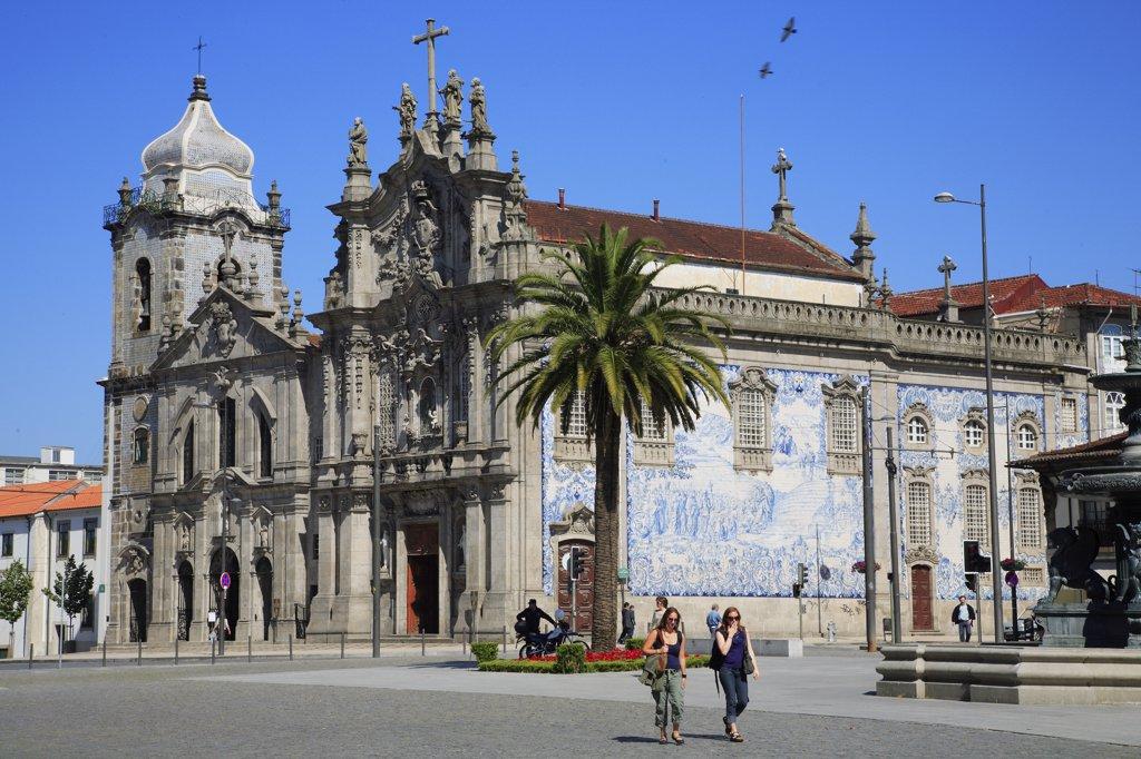 Stock Photo: 1606-82121 Portugal, Douro, Porto, Igreja do Carmo church