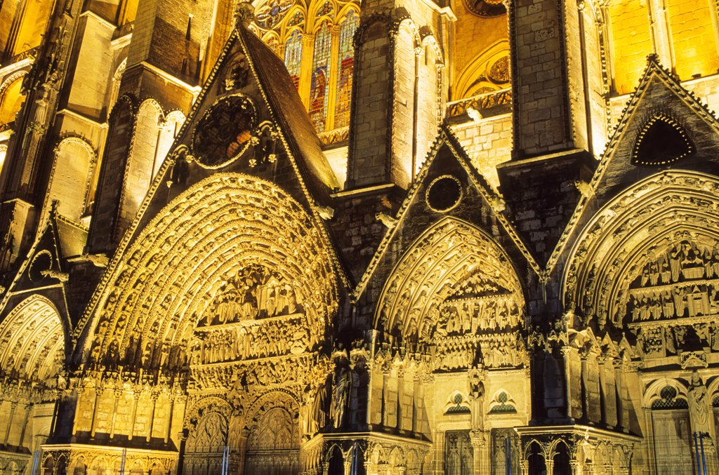 Stock Photo: 1606-85495 France, Centre, Cher, Bourges, cathedral, tympanum of the Last Judgment
