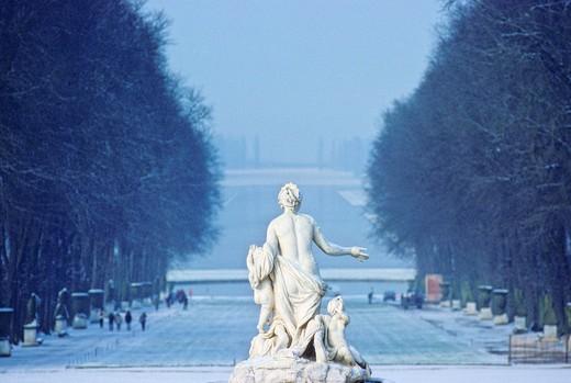 France, Ile de France, Yvelines, Versailles castle : Stock Photo