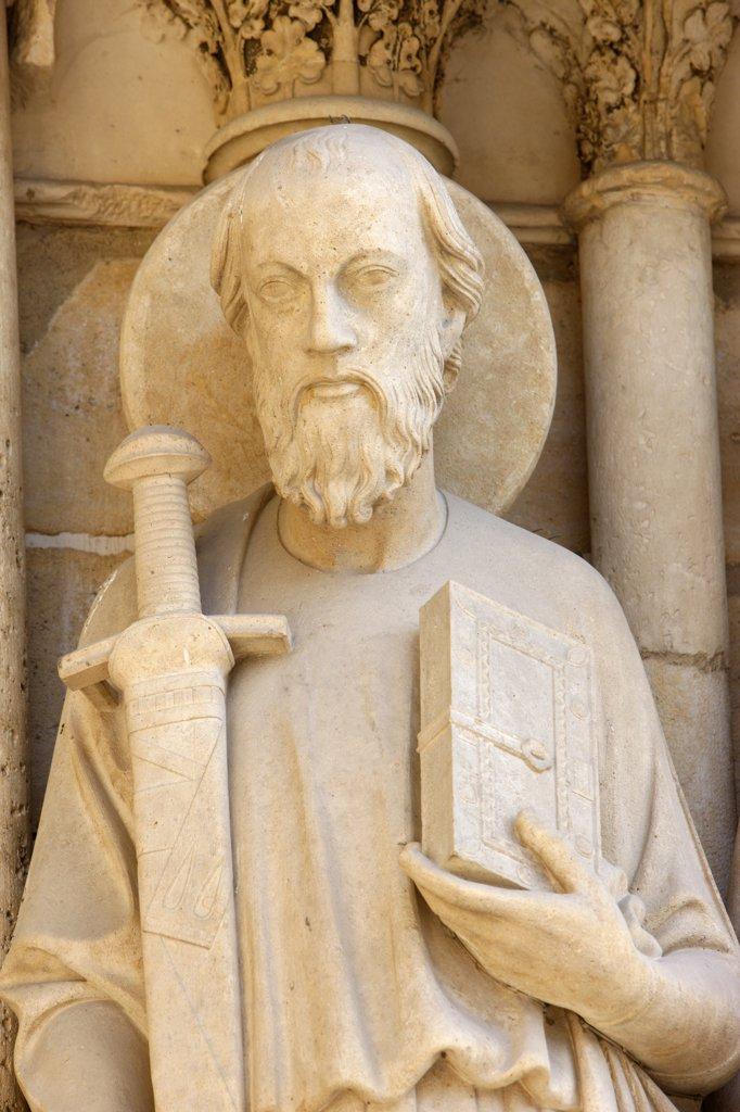 Stock Photo: 1606-88875 France, Paris, Statue of Saint Paul on Notre-Dame de Paris cathedral's westen wing Last judgment door