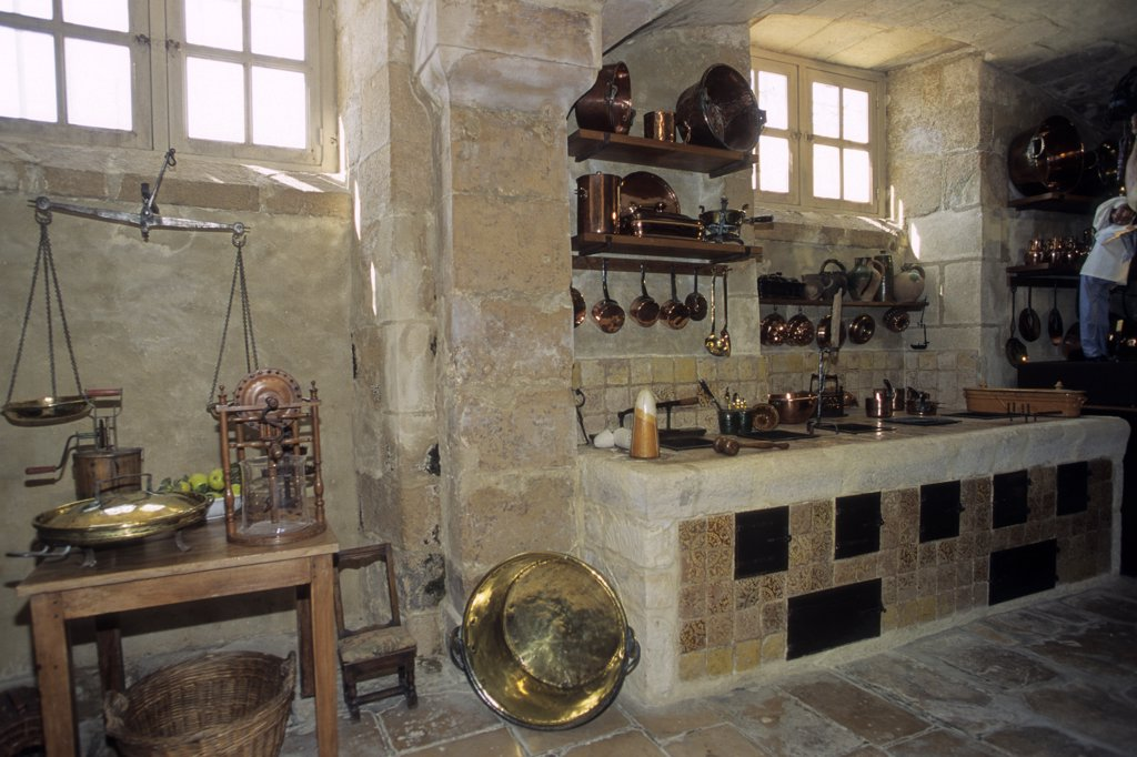 France, Normandie, Basse Normandie, Calvados, Vendeuvre, Vendeuvre castle from 18th century, the kitchen : Stock Photo