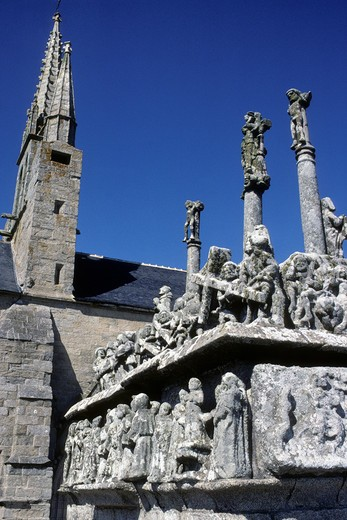 Stock Photo: 1606-92393 France, Brittany, Finistere(29), Bigouden country, Saint Jean Trolimon, Notre Dame de Tronoen chapel and calvary (15th century)