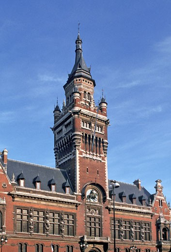 Stock Photo: 1606-9328 France, Nord-Pas-de-Calais, Nord, Dunkerque, town hall