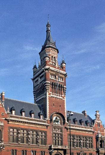 France, Nord-Pas-de-Calais, Nord, Dunkerque, town hall : Stock Photo