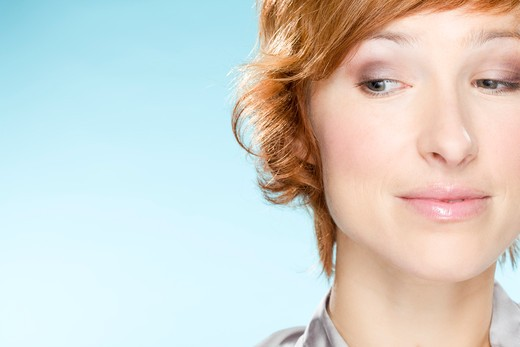 Stock Photo: 1606-95241 Portrait of young woman looking away