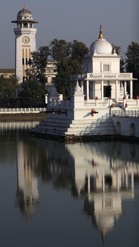 Stock Photo: 1606-97915 Nepal, Kathmandu, Rani Pokhari, Queen's Pond