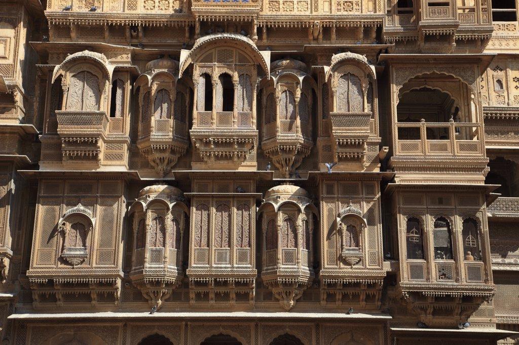 India, Rajasthan, Jaisalmer, Patwa-ki Haveli, wealthy merchant's mansion : Stock Photo
